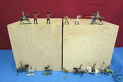 "Lot Of 14 Vintage Hand Painted 1""  Lead Soldiers and Horses Great Condition"
