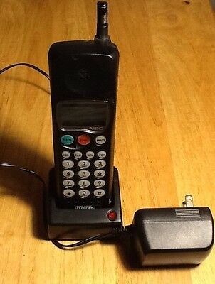 Early Cellular Telephone Cell Phone NEC P700/800 Series Brick Desk Charger Works