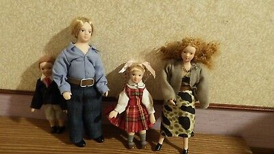 dolls house family of 4 with 2 children/mum/dad 1.12th