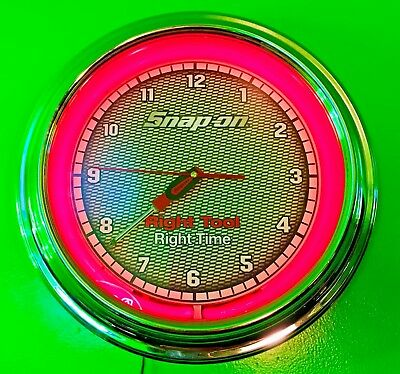Snap On SSX13T101 Neon Wall Clock ~ MAN CAVE ITEM ~ THINK HOLIDAYS!