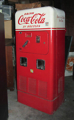 VINTAGE 1950s - VMC 72 Double Chute Coca Cola Machine - All Orig cools+ & Works+