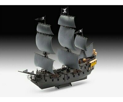 Revell 05499 1:150 Black Pearl easy-click-system