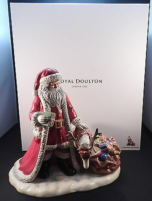 Royal Doulton 2016 Holiday Magic Figurine Father Christmas Santa New in the Box