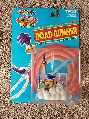 1993 ROAD RUNNER Speeds in a Cloud of Dust Looney Tunes Tyco Action Figure