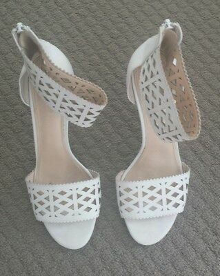 Ladies Wittner size 7 White Heels