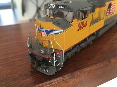 Unoin Pacific SD70M With Flared Radiators Ho Scale