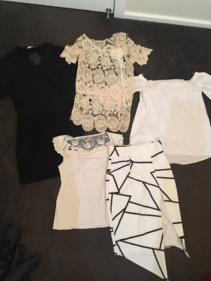 Women's bulk clothes Size 10 and small