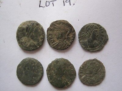6 x SMALL ROMAN BRONZE COINS (UK metal detecting find)
