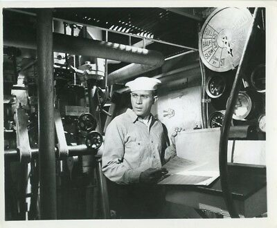 "STEVE McQUEEN IN  ""THE SAND PEBBLES"" VINTAGE  PHOTO #6"