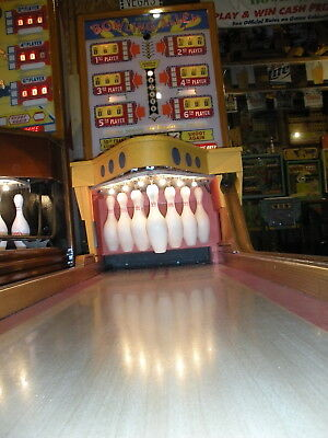 "1956 Uniteds ""  Bowling Alley "" Beautifully Restored -  Ball Bowler"