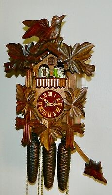 ****nice 8 Day Musical  Black Forest Germany Cuckoo Clock****
