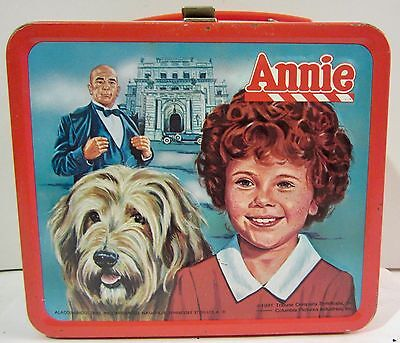 Aladdin ANNIE Metal Lunchbox NO THERMOS Vintage 1981  AS IS  AS FOUND USA MADE