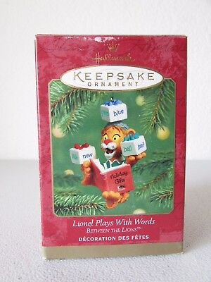 Hallmark Lionel Plays With Words Between The Lions Christmas Ornament 2001