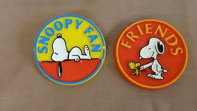 "1958 & 1965 vtg Snoopy Button Pins Butterfly Originals ""FRIENDS"" ""SNOOPY FAN"""