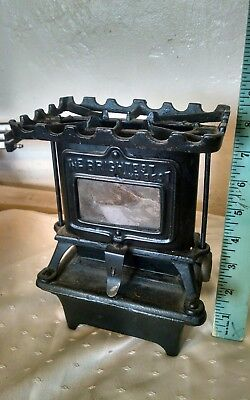 Antique the brightest and best Cast Iron Kerosene Lamp Stove, Sad Iron Heater