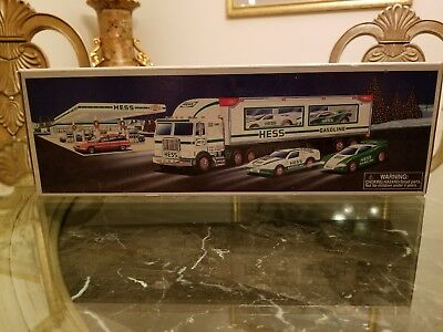 New Never Opened Or Used 1997 Hess Toy Truck And Racers