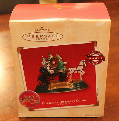 Hallmark Keepsake Ornament Horse Of A Different Color The Wizard Of Oz Light