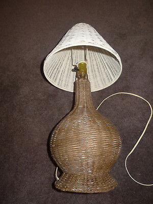 """Antique Vintage White Brown Wicker Table Lamp Cottage Shabby Chic 23"""" Tall"""