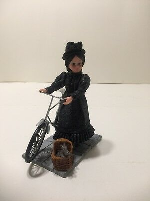 Madame Alexander The Wizard Of Oz Miss Gulch And Toto Resin Figurine