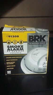 BRK Hardwired INCLUDED Backup Battery FIRST ALERT SMOKE DETECTOR