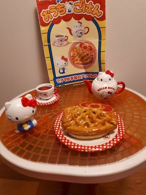 Re-Ment miniature Hello Kitty, My Meals 2009 Box #7 Apple Pie -Barbie Sized Food