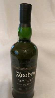 ARDBEG 1977, Single Malt Scotch Whisky. Rare Collector's Bottle with the Box.
