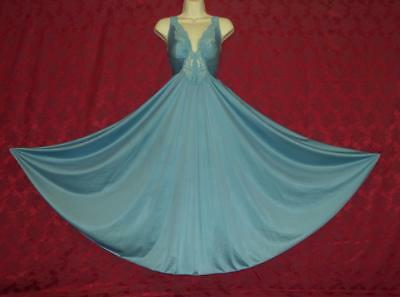 """Stunning Vtg Olga Blue Formfit Sweep Nightgown M Bust To 40"""""""