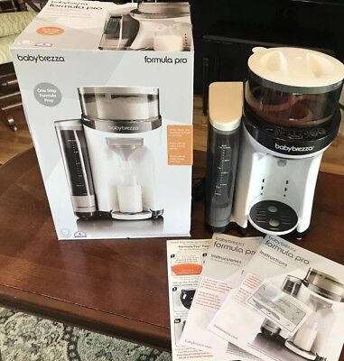 BabyBrezza Formula Pro in box, with instructions and extra silicone scraper! EUC