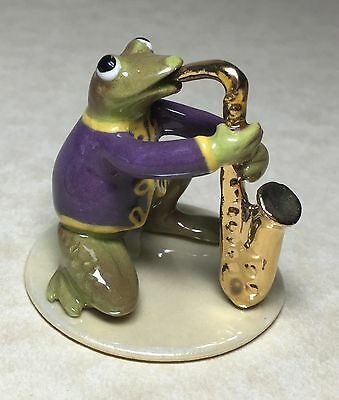 Hagen-Renaker TOADALLY BRASS SAX PLAYER #3291 specialty line collectible