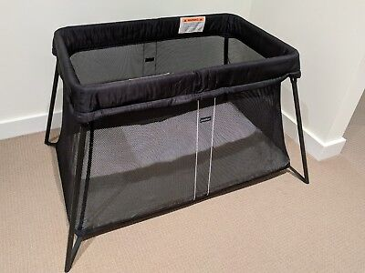 Used baby bjorn travel cot - lightweight and super easy to set up and put down
