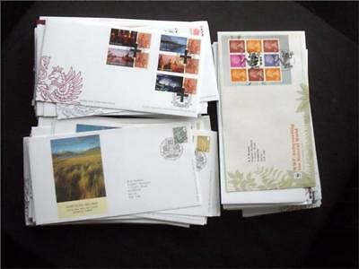 12381aj  GB c2000s DEFINITIVES FIRST DAY COVERS COLLECTION - USEFUL SELECTION ??
