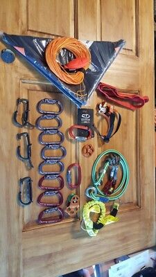 arborist tree climbing gear climbing rope saddle carabiners Pulleys chainsaw saw