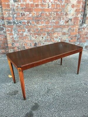 Regency Style Mid-Century Mahogany Coffee Table On Reeded Legs - Side Table
