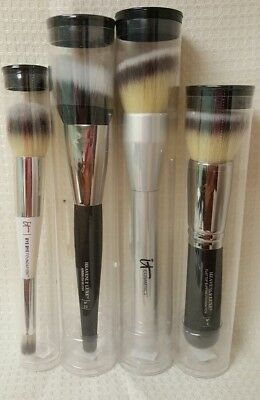 Lot of 4 Brand New It Cosmetics Brushes Never Used