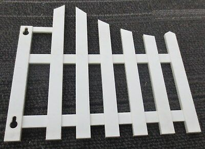 ONE Replacement right side picket fence piece for vintage Hamms Revolving Clock