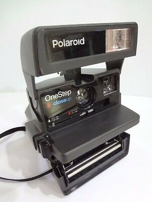 Polaroid One Step Close Up 600 Instant Film Camera Built-In Flash TESTED