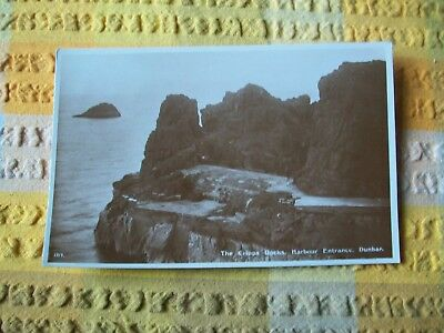 Postcard-- The Cripps Rocks , Harbour Entrance , Dunbar