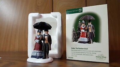 "Dept 56 58460 Dickens Village ""UNDER THE BUMBERSHOOT"" Mint"