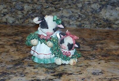 Enesco Mary's Moo Moos Deck The Halls W/Cows Of Holly 651710 Christmas Figurine