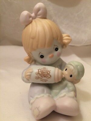 Enesco Precious Moments Can't Get Enough Of Our Club B0009 Figurine