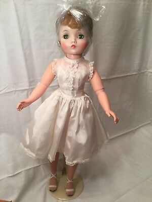 Vintage Madame Alexander Cissy Doll w/ Tagged Dress