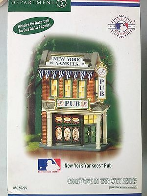 Dept 56 Christmas in the City New York Yankees Pub #59225 Retired NEW