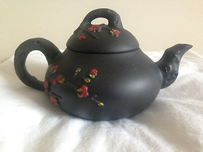 NEW Exquisite Chinese Hand carving FLOWER Yixing red stoneware teapot AA609