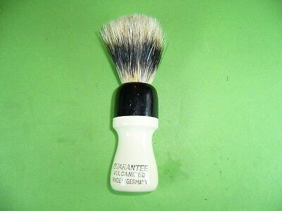 702K01 Alter Rasierpinsel, GUARANTEE VULCANIZED, MADE IN GERMANY; Shave brush