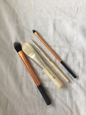 Mac and Real Techniques Make Up Brushes