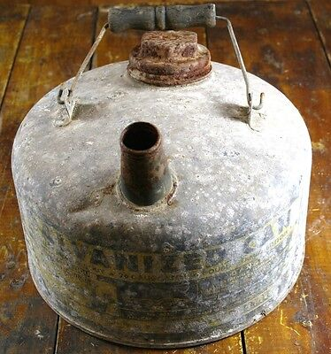Eagle Gas or Oil Can 1 One Gallon Capacity Great Shelf Sitter Man Cave Garage