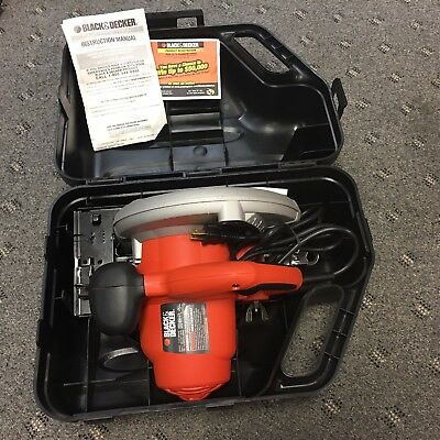 BLACK AND DECKER CS1010 CIRCULAR SAW GOOD USED w/ CASE
