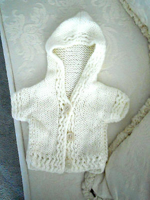 Hand made knit jacket cardigan w hood Newborn Baby As NEW short sl white 0000