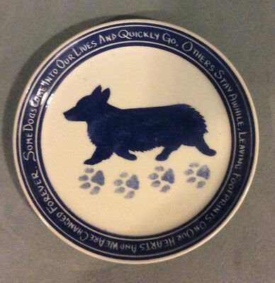"Pembroke Welsh Corgi plate, ""Footprints on Our Hearts"""