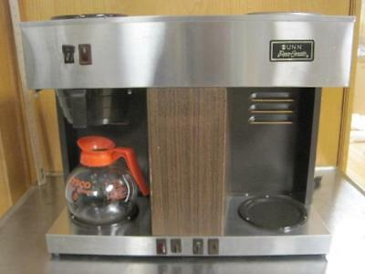Bunn Pour-Omatic 12-Cup Commercial Pourover Coffee Maker Brewer 3 Warmer
